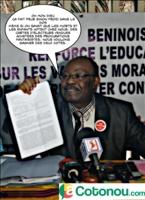 Jean-Baptiste Elias, president du FONAC lors d'une conférence de presse au Codiam Cotonou